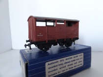 Hornby Dublo 32021 8-Ton Cattle Wagon - BR Brown - 2/3 Rail