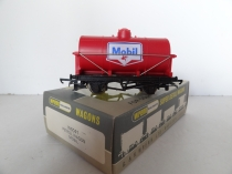 "W5041 ""Mobil"" 4 Wheeled Petrol Wagon - Red"
