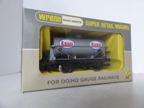 "W5042 ""Esso"" 4 Wheeled Petrol Wagon - Silver- Raised Star Version"