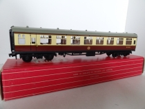 Hornby Dublo 4060 1st Class Open Corridor Coach - WR - Brown/Cream - 2/3 Rail