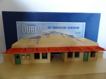 Hornby Dublo D1 Type DA455 Through Station - 2/3 Rail